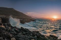 Wellen an der Küste bei Georgioupolis