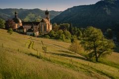 Kloster St. Trudpert in der Abendsonne